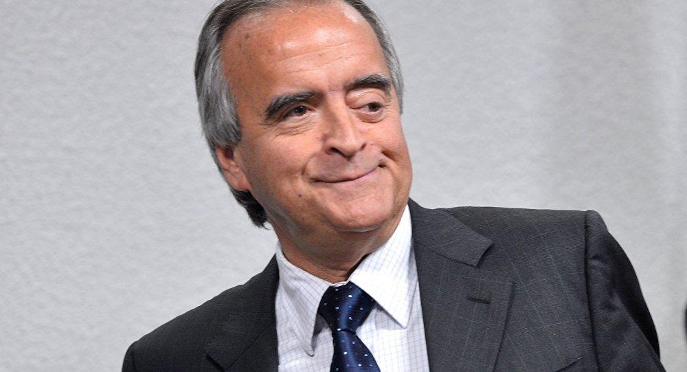 Nestor Cerveró já cumpre prisão domiciliar, mas foi hostilizado em voo até o Rio
