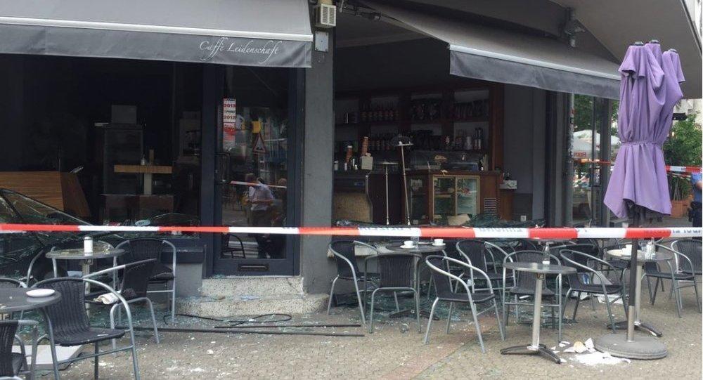 Explosão em Frankfurt no restaurante Leidenschaft