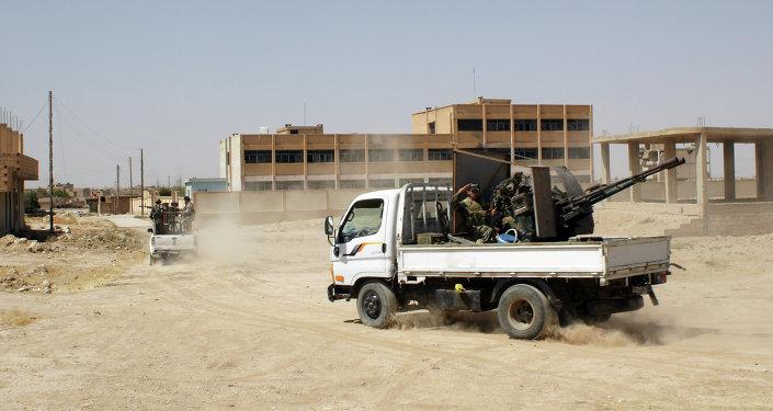 Soldados sírios em Al-Hasakah