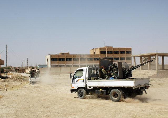 Soldados sírios em operação na província de Al-Hasakah