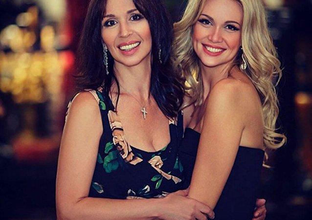 Miss Rússia 2003 e a sua mãe