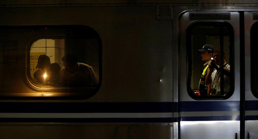 Especialistas investigam explosão em metrô da capital taiwanesa