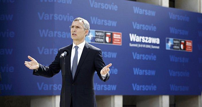 Secretário Geral da OTAN Jens Stoltenberg, 8 de julho, 2016