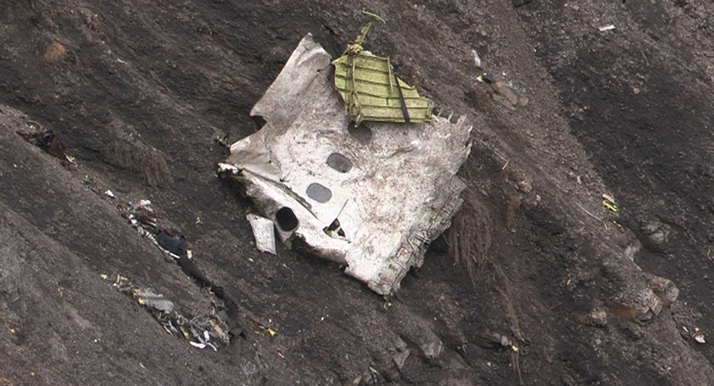 Destroços do avição da Germanwings no local do acidente