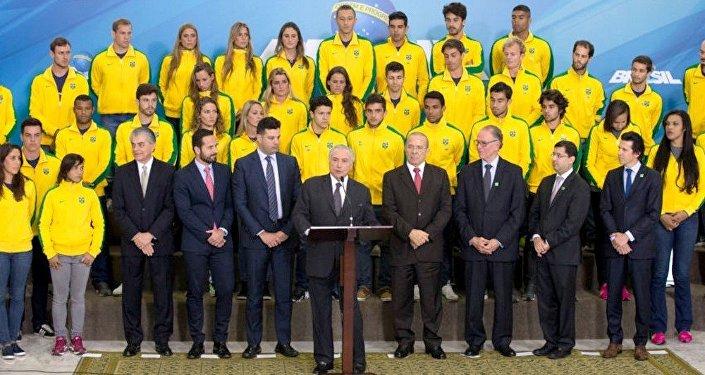 Michel Temer se reúne com atletas da delegação olímpica brasileira para os Jogos Rio 2016