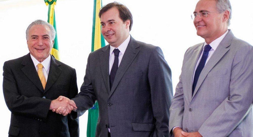 Michel Temer recebe o deputado Rodrigo Maia, presidente eleito da Câmara, no Palácio do Planalto