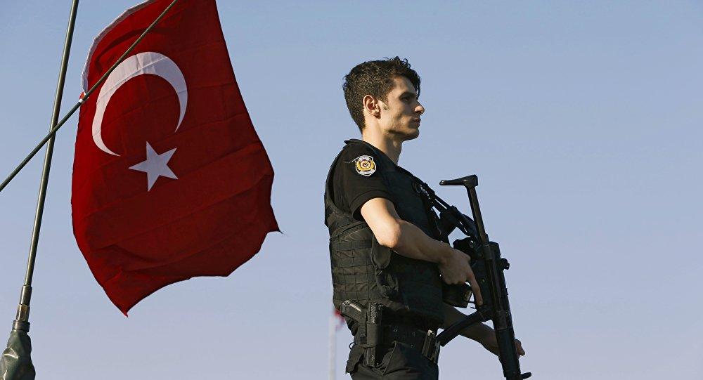 Um policial turco