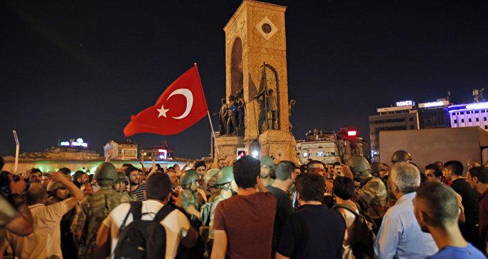 Rússia, Turquia e Irã defendem solução diplomática à guerra na Síria