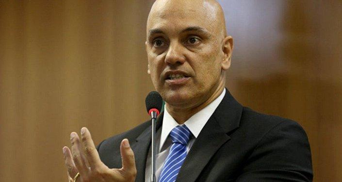Ministro da Justiça, Alexndre de Moraes na coletiva após prisao de grupo suspeito de terrorismo nos Jogos