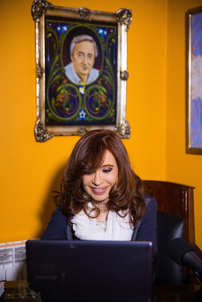 A ex-presidenta da Argentina, Cristina Kirchner, em sua casa na cidade de El Calafate, no sul da Argentina