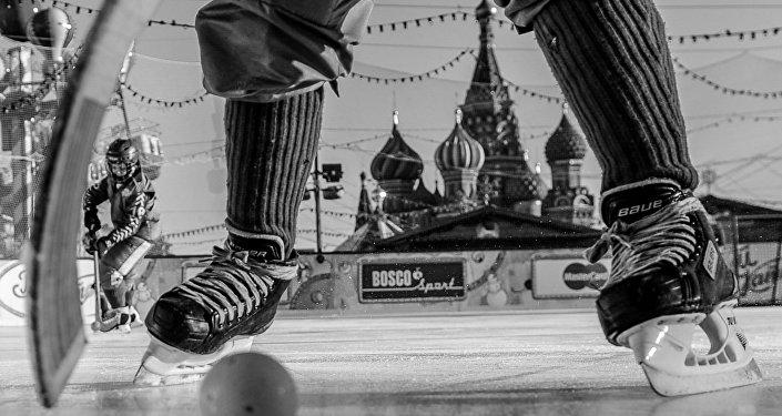 Foto da série de Hóquei Russo de Darya Isaeva que foi premiado na categoria Esportes no Concurso Jornalístico Fotográfico Internacional Andrei Stenin 2016