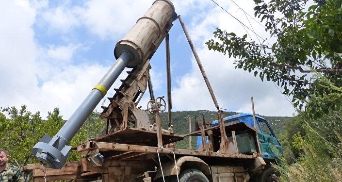 Exército sírio descobre novo fornecimento de armas a terroristas em Latakia