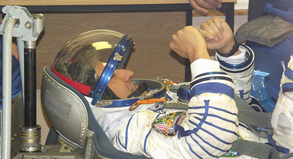 Marcos Pontes se preparando para a histórica Missão Centenário