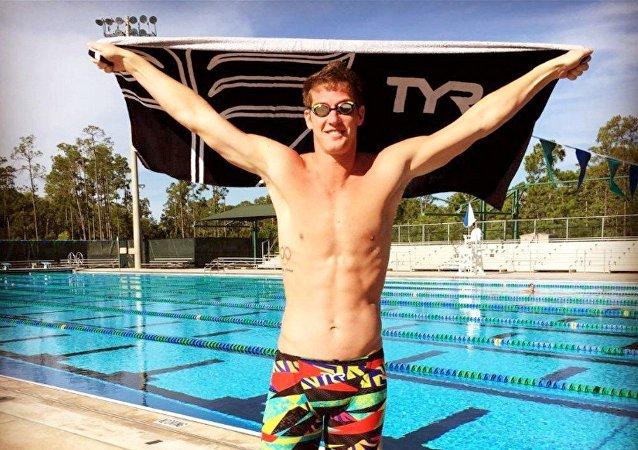 A Polícia está à procura do nadador James Feigen