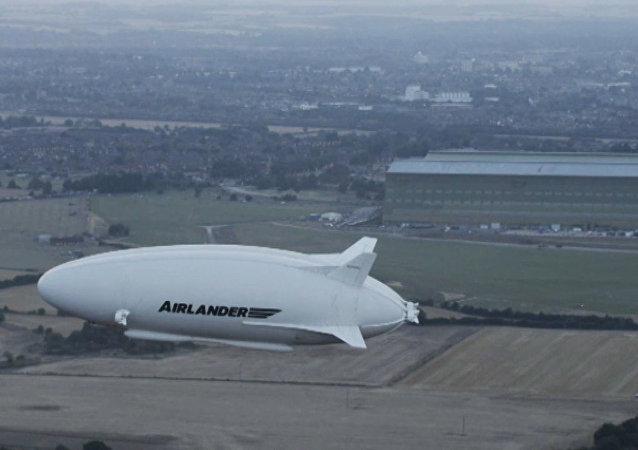 Reino Unido realizou testes com maior avião do mundo, o Airlander 10
