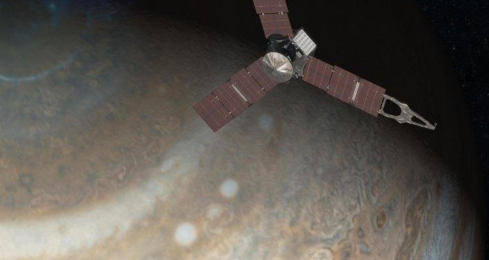 Sonda espacial Juno orbitando o planeta Júpiter