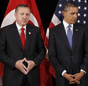 Recep Tayyip Erdogan, presidente da Turquia, e Barack Obama, presidente dos EUA (foto de arquivo)