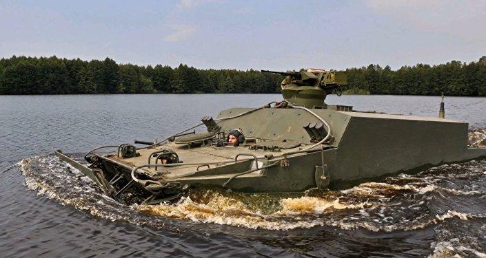 BT-3F veículo blindado anfíbio
