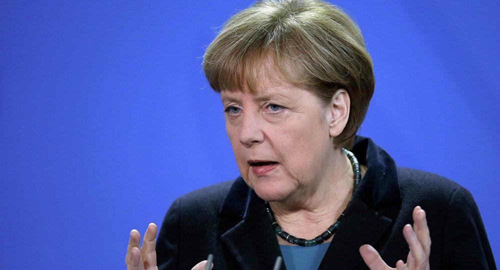 Chanceler da Alemanha, Angela Merkel, discursando em uma conferência de imprensa (arquivo)