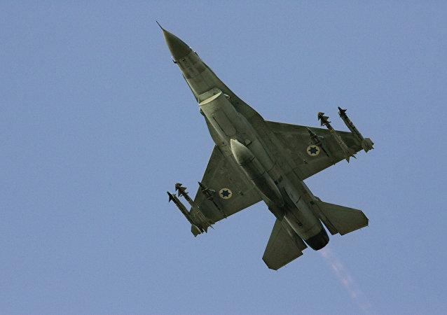 Caça israelense F-16 (imagem de arquivo)