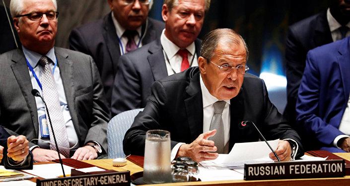 Ministro das Relações Exteriores da Rússia, Serguei Lavrov, no Conselho de Segurança da ONU durante 71ª Assembleia Geral