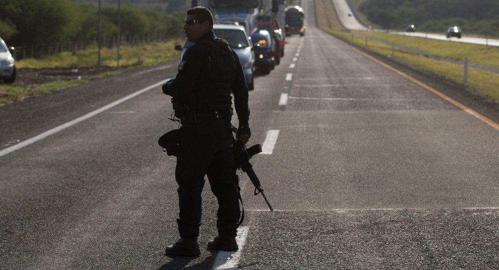 Causa do acidente em Chiapas ainda está sendo investigada, mas testemunhas falam em excesso de velocidade