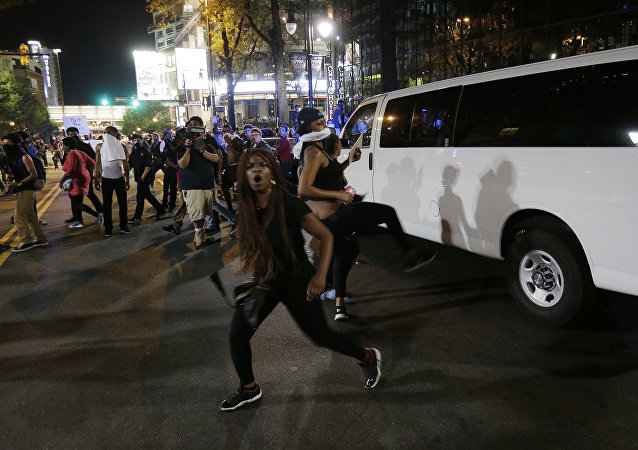 Protesto em Charlotte após morte de Keith Lamont Scott pela polícia