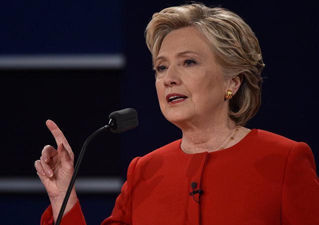 Hillary Clinton durante o primeiro debate presidencial na Universidade de Hofstra, EUA, 26 de setembro de 2016
