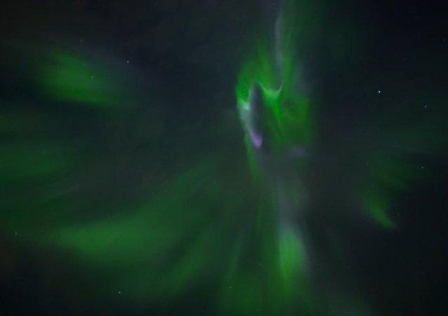 Aurora Boreal em Reykjavík, 25 de setembro, 2016