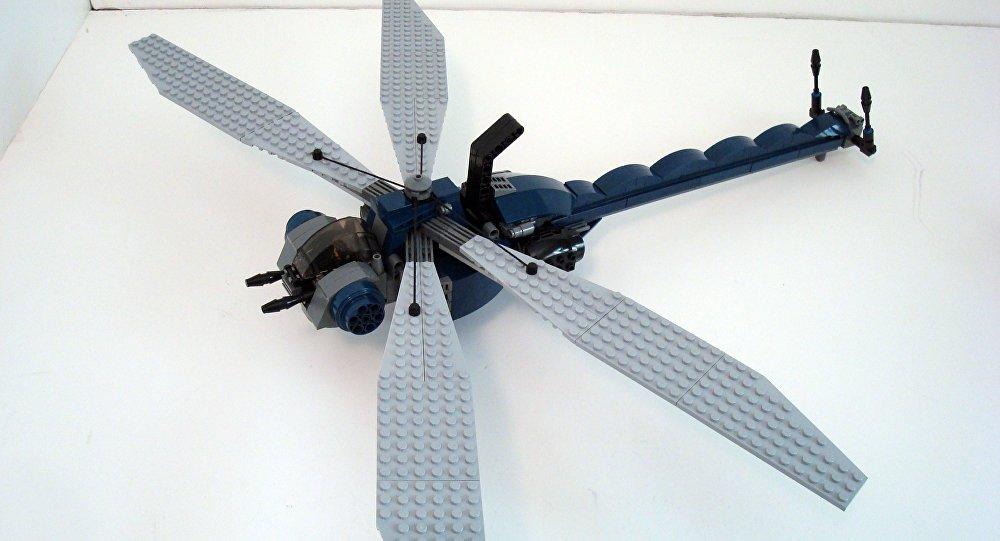 Exemplo de drone-libélula de pequeno tamanho