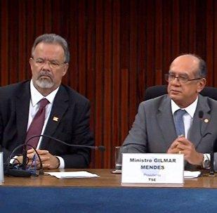 Ministro da Defesa, Raul Jungmann e Presidente do TSE, Gilmar Mendes fazem balanço das eleições