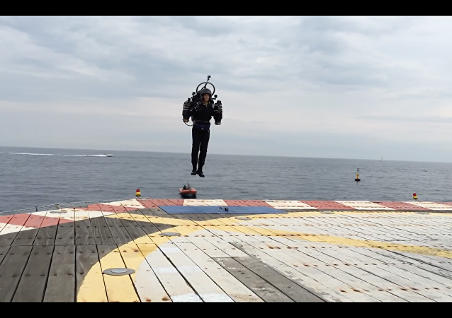 JetPack Aviation apresenta o JB10