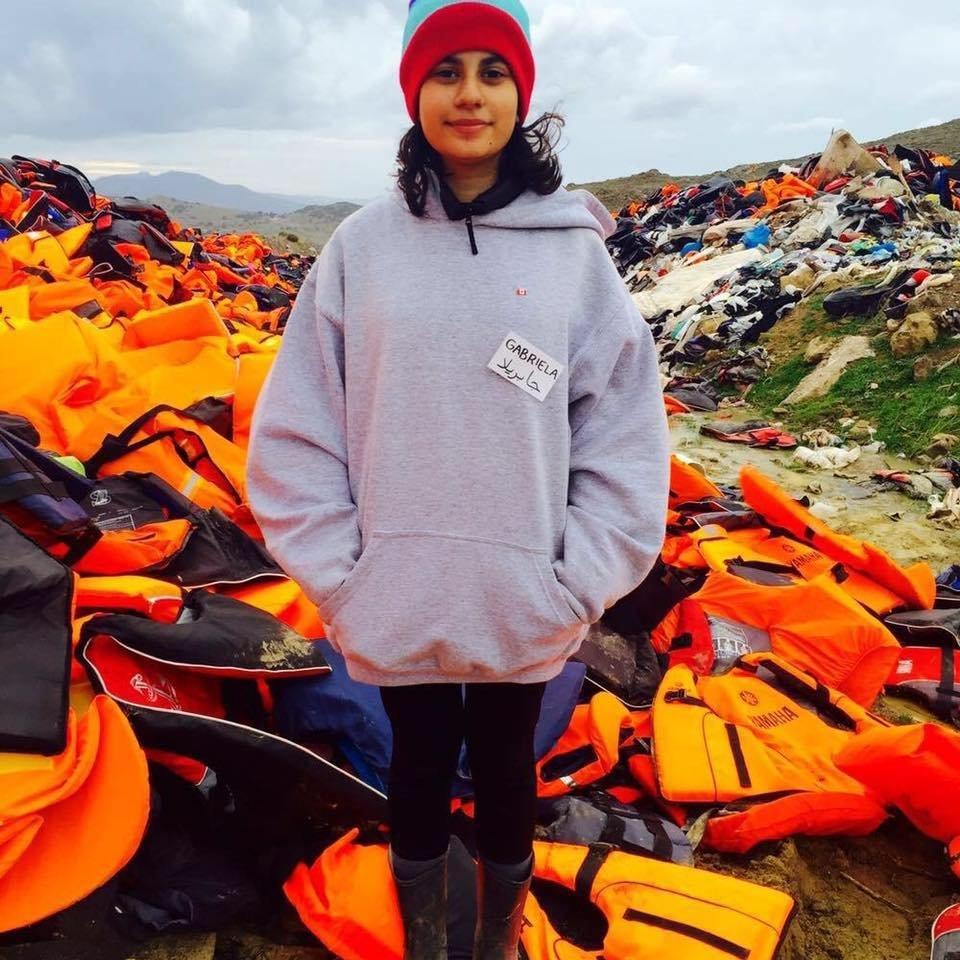 Gabriela Shapazian no campo de refugiados