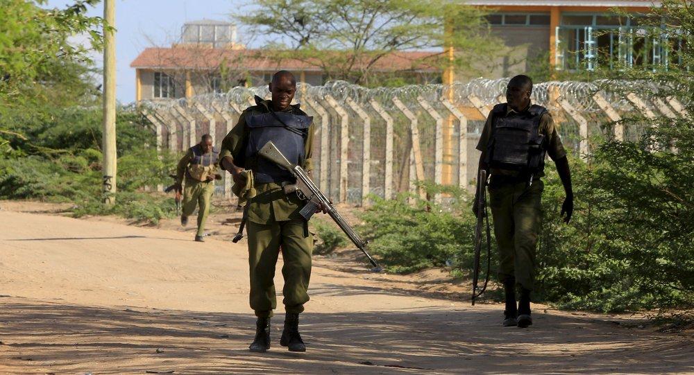 Membros das forças de segurança do Quênia