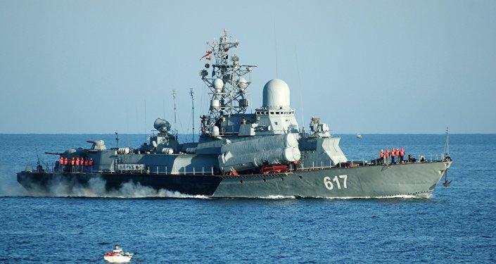 Navio ligeiro porta-mísseis russo Mirazh