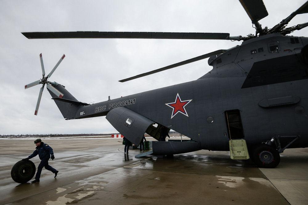 Chegada da aviação ao aeródromo de Kubinka