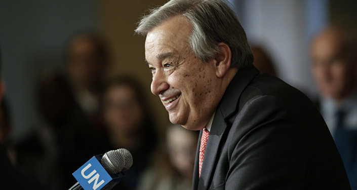 António Guterres, candidato ao Secretário-Geral da ONU, fala na sede da ONU, Nova York, EUA, abril de 2016 (foto de arquivo)