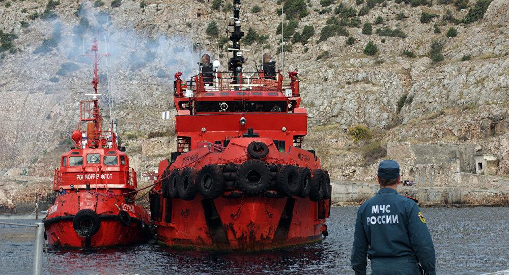 Encontro de marinheiros da cábrea que se acidentou junto à costa crimeana