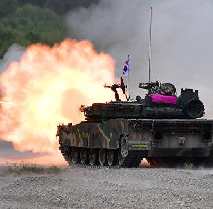 Tanque da Coreia do Sul dispara durante exercícios conjuntos com os EUA