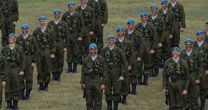 Paraquedistas russos (foto de arquivo)