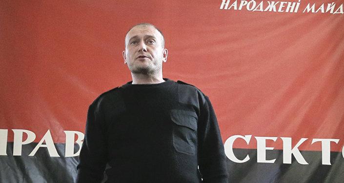 Líder do grupo extremista Setor de Direita Dmitry Yarosh