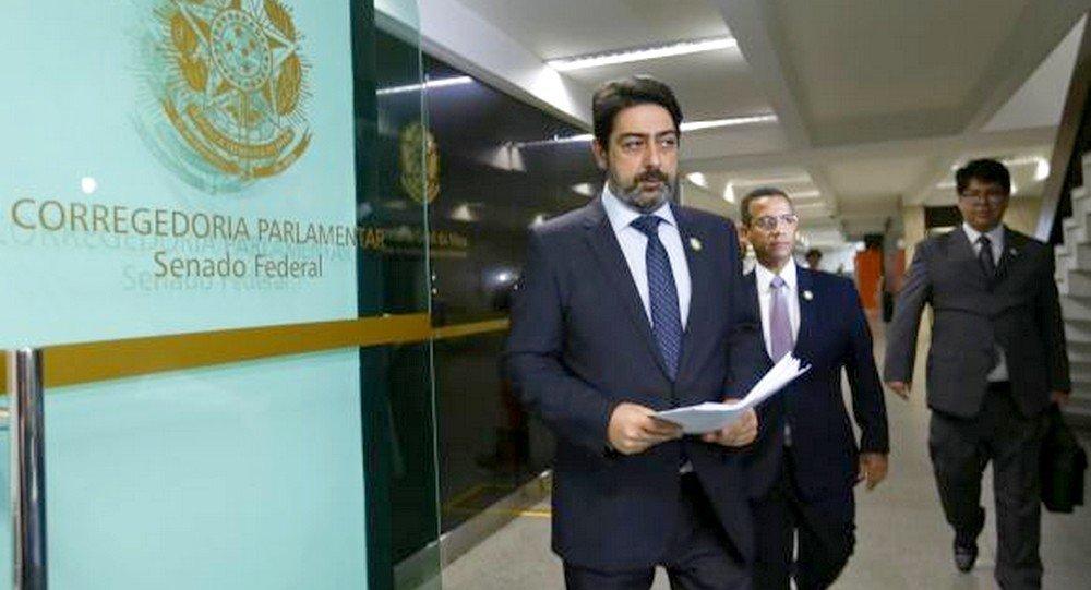 Juízes Michel Curi, de MG; Luís Rocha, de PE; e Ronie Carlos, de GO; protocolam representação contra Calheiros