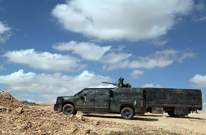 Tropas sírias a caminho de Homs a Raqqa