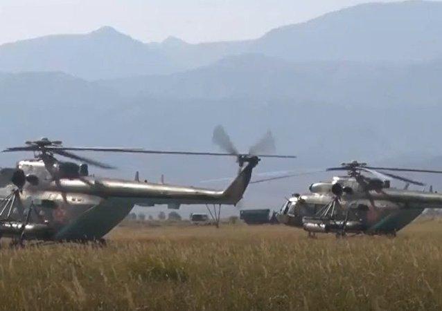 Rússia festejou o Dia da Aviação do Exército