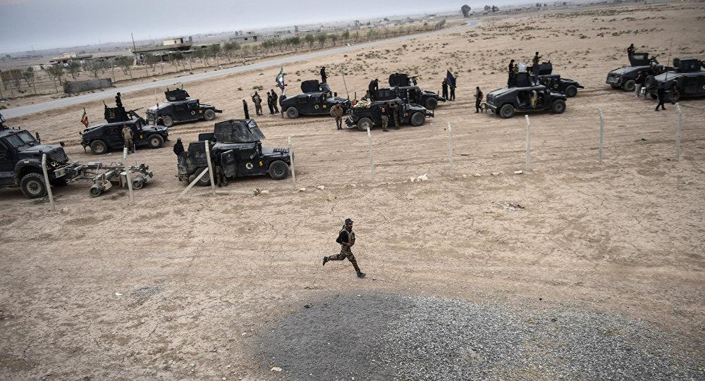 Representantes do Serviço de Сombate ao Terrorismo do Iraque (CTS) perto do povoado de Bazwaya, Mossul, em 31 de outubro de 2016