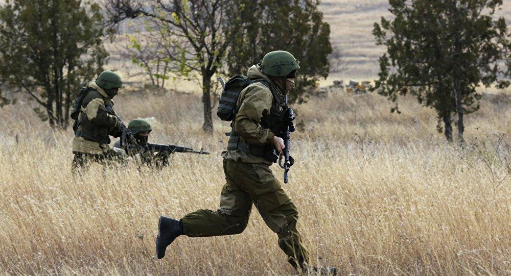 Exercícios das unidades do Serviço Federal de Segurança da Rússia na Crimeia, Rússia (foto de arquivo)