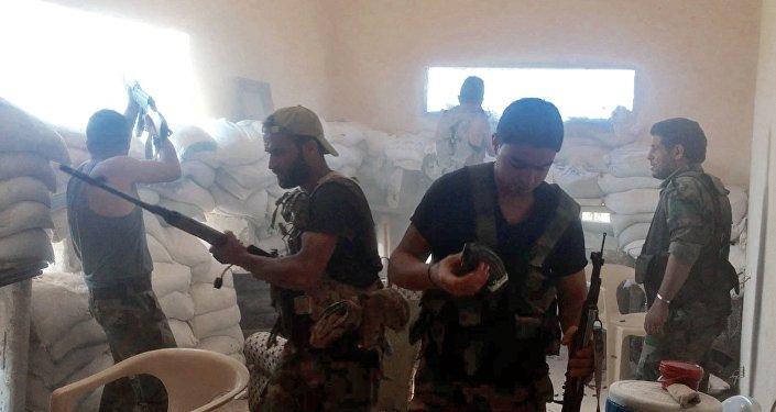 Militares sírios em Aleppo