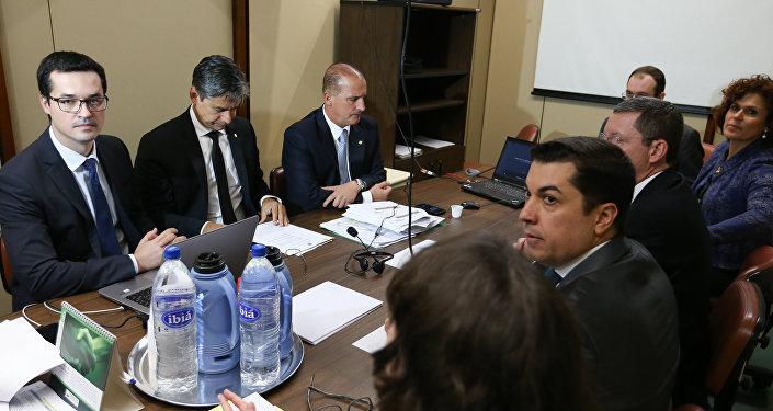 Reunião da Comissão Especial contra a Corrupção com a presença do Procurador Deltan Dallagnol
