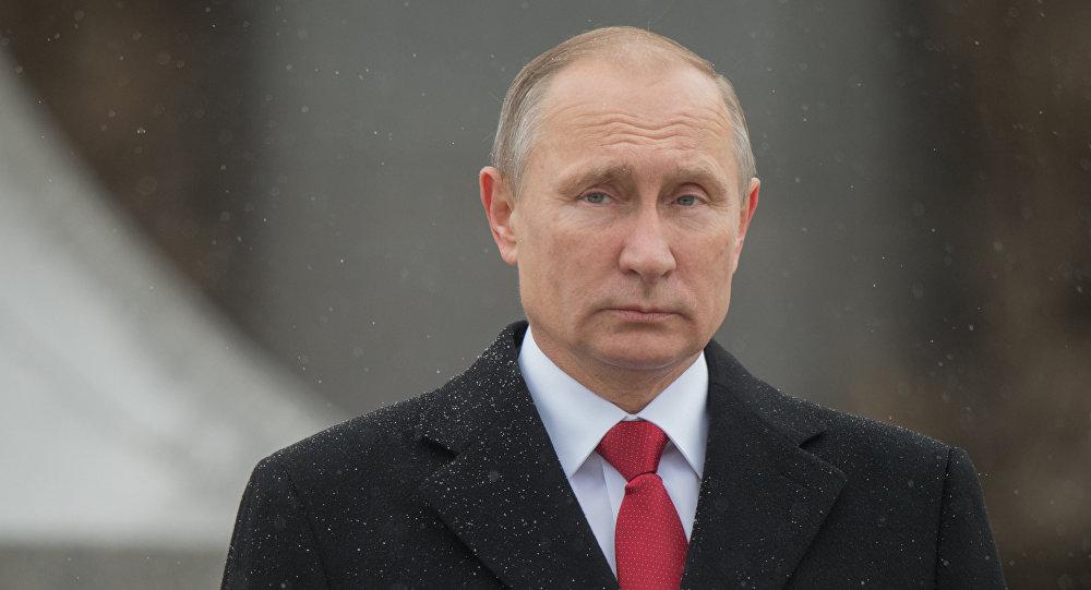 Presidente russo Vladimir Putin na praã Borovitskaya em Moscou