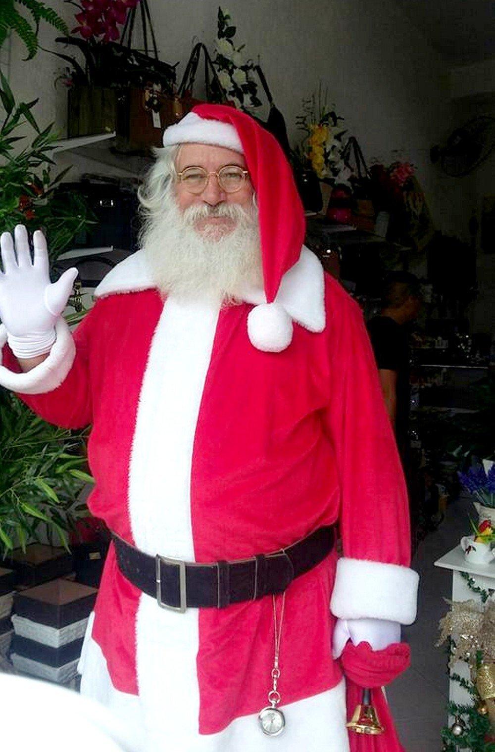 Gesualdo trabalhando como Papai Noel